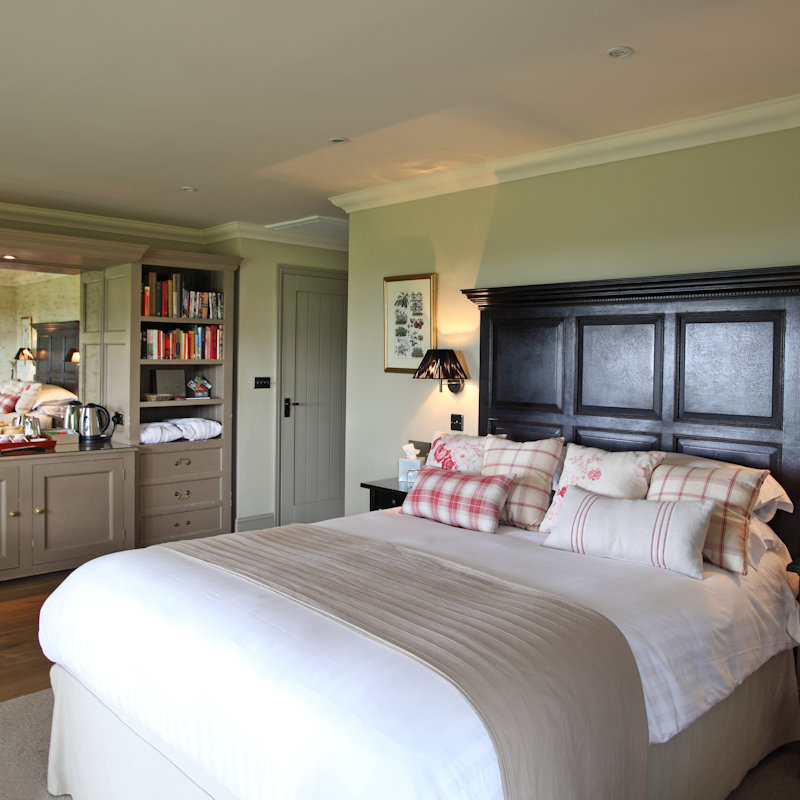 Magazine Wood Luxury B&B, Sedgeford, Norfolk -  - Luxury B&B with rooms fitted to 5* standards own entrance and private terrace in a stunning location overlooking the coast in a pretty village with great pub just west of Brancaster | Brancaster Staithe & Burnham Deepdale, North Norfolk Coast